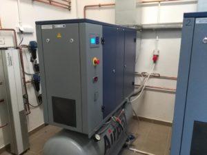 Kontener gazów medycznych - sprężarka